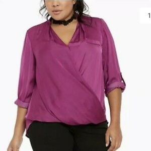 Torrid front cross body long sleeve top!